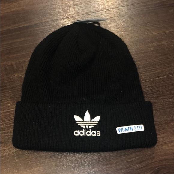 e6a27c95d 🖤 Adidas Knit Skully 🖤 NWT